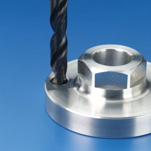 插销螺套安装一:钻孔