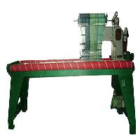 YL-1228型织毯机车