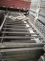 定制生產各種式樣的不銹鋼護欄