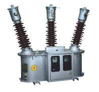 JLS-35     三相三線油浸計量箱